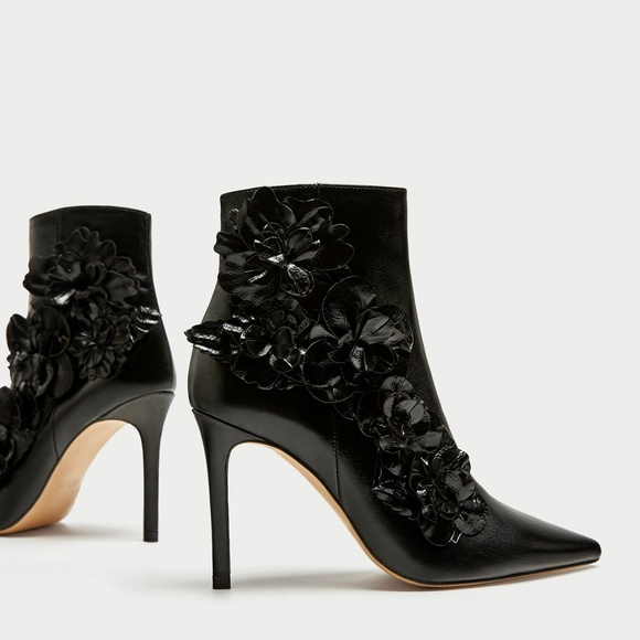 ee484c5ca052 Zara HIGH HEEL ANKLE BOOTS WITH FLORAL TRIMS